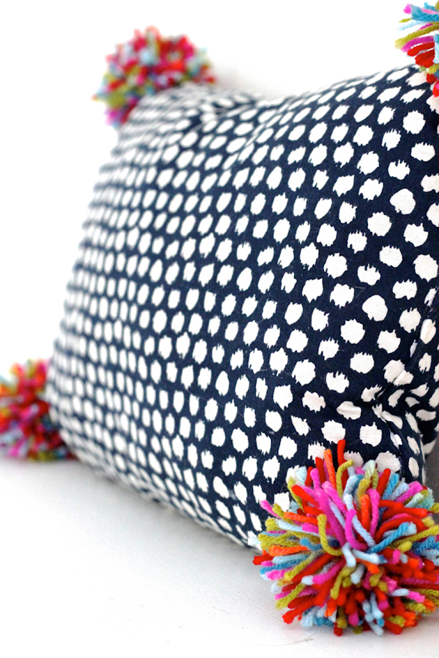 8 Must-Try Pillow DIYS