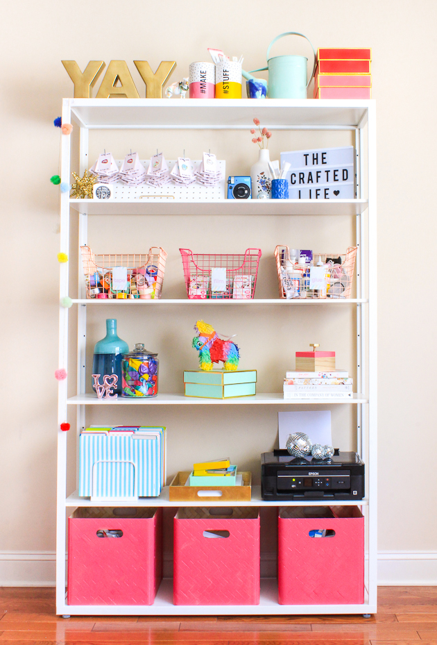 easy diy bookshelf organization the crafted life