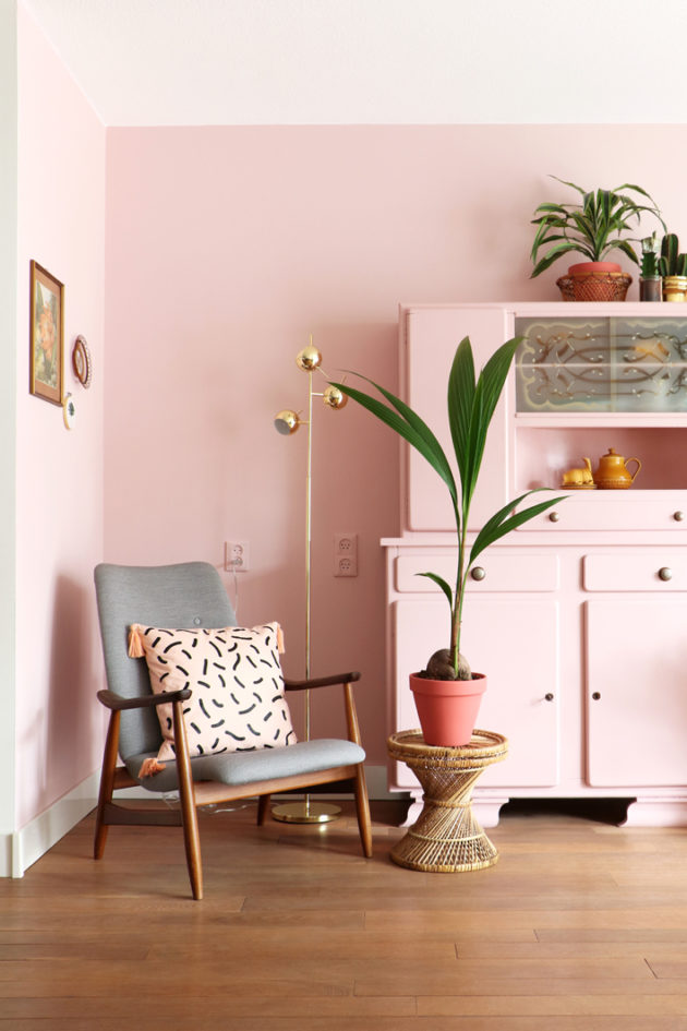 How to decorate with millennial pink!